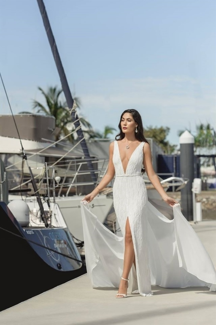 Wedding Venue - Royal Queensland Yacht Squadron 12 on Veilability