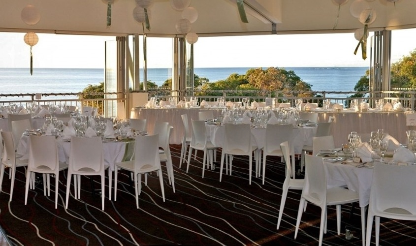Wedding Venue - Stradbroke Island Beach Hotel - Stradbroke Beach Hotel 4 on Veilability