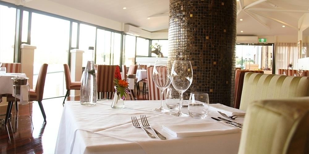 Wedding Venue - La Vue Waterfront Restaurant - Restaurant 1 on Veilability