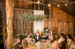 Wedding Venue - Boomerang Farm - The Barn 8 on Veilability