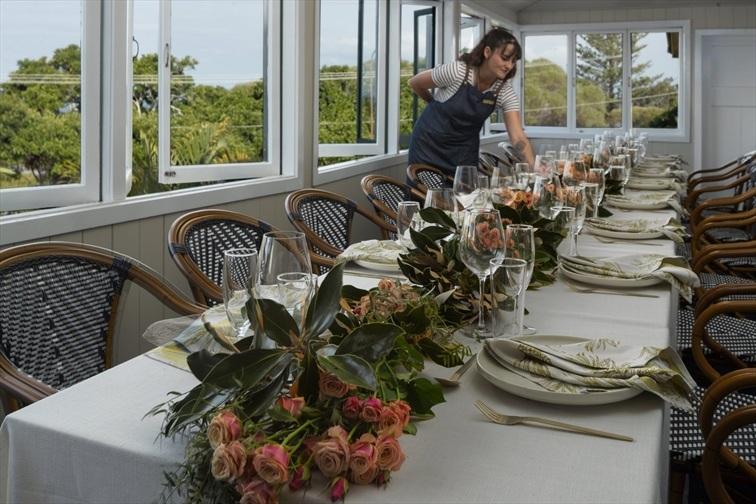 Wedding Venue - Grand View Hotel - Verandah Restaurant 3 on Veilability