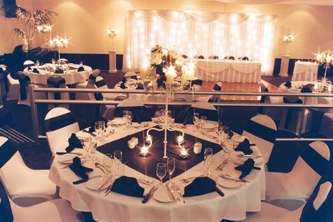 Wedding Venue - Quality Hotel Mermaid Waters - Oriana Room 2 on Veilability