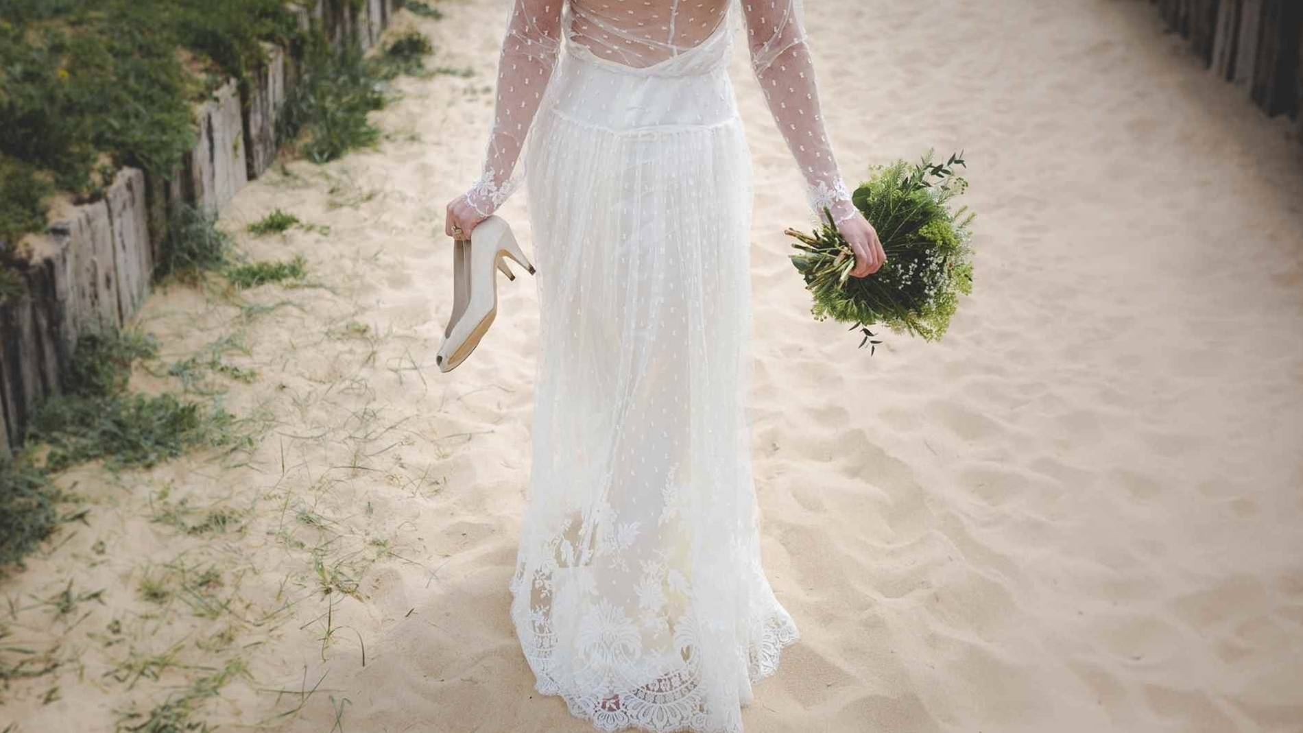 Choose beach wedding shoes carefully