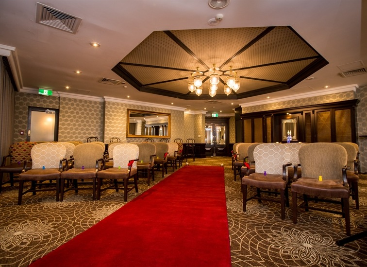 Wedding Venue - Brisbane Riverview Hotel - The Newstead Room 1 on Veilability