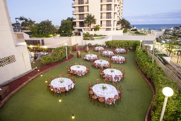 Wedding Venue - Novotel Surfers Paradise - The Green 7 on Veilability