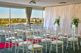 Wedding Venue - Rydges South Bank - Level 12 Rooftop 7 on Veilability