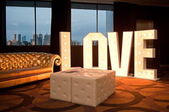 Wedding Venue - The Greek Club 18 on Veilability