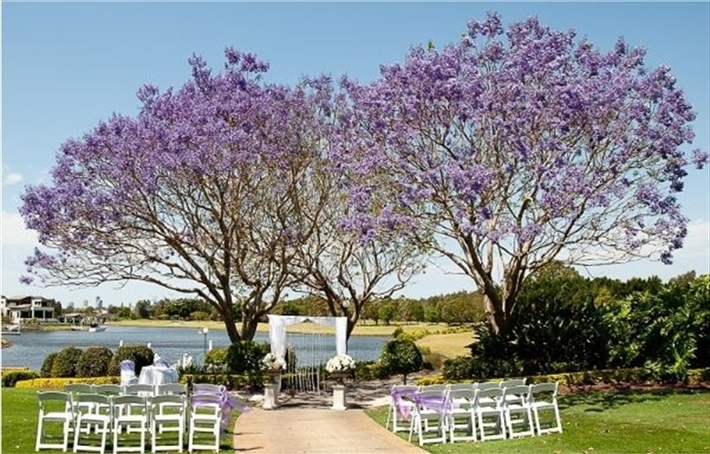 Wedding Venue - Lakelands Golf Club 3 on Veilability