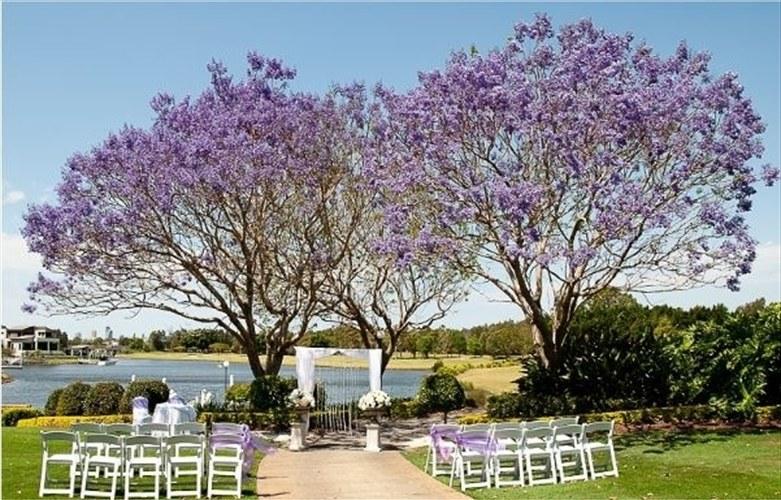 Wedding Venue - Lakelands Golf Club 13 on Veilability