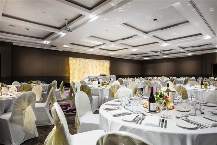 Wedding Venue - Mercure Hotel Brisbane 4 on Veilability