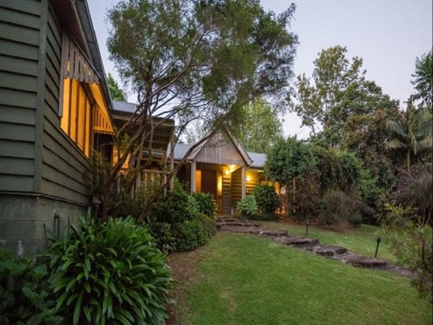 Wedding Venue - Mt Glorious Rainforest Lodge 5 on Veilability