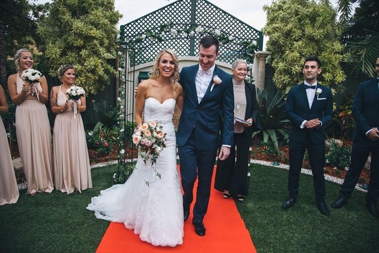 Wedding Venue - The Golden Ox 1 on Veilability
