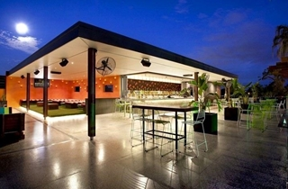 Wedding Venue - Eatons Hill Hotel & Function Centre - The Roof Top 1 on Veilability