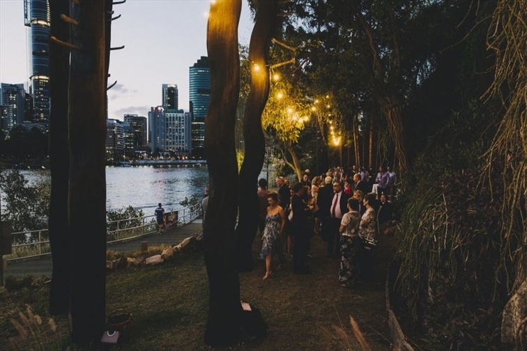 Wedding Venue - Riverlife - City Lights Marquee 2 on Veilability