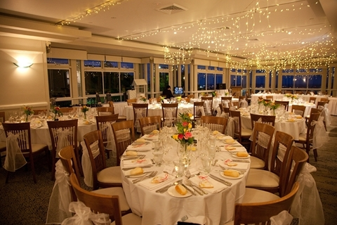 Wedding Venue - Summit Restaurant & Bar - Fountain View Function Room - Lower Level 7 on Veilability